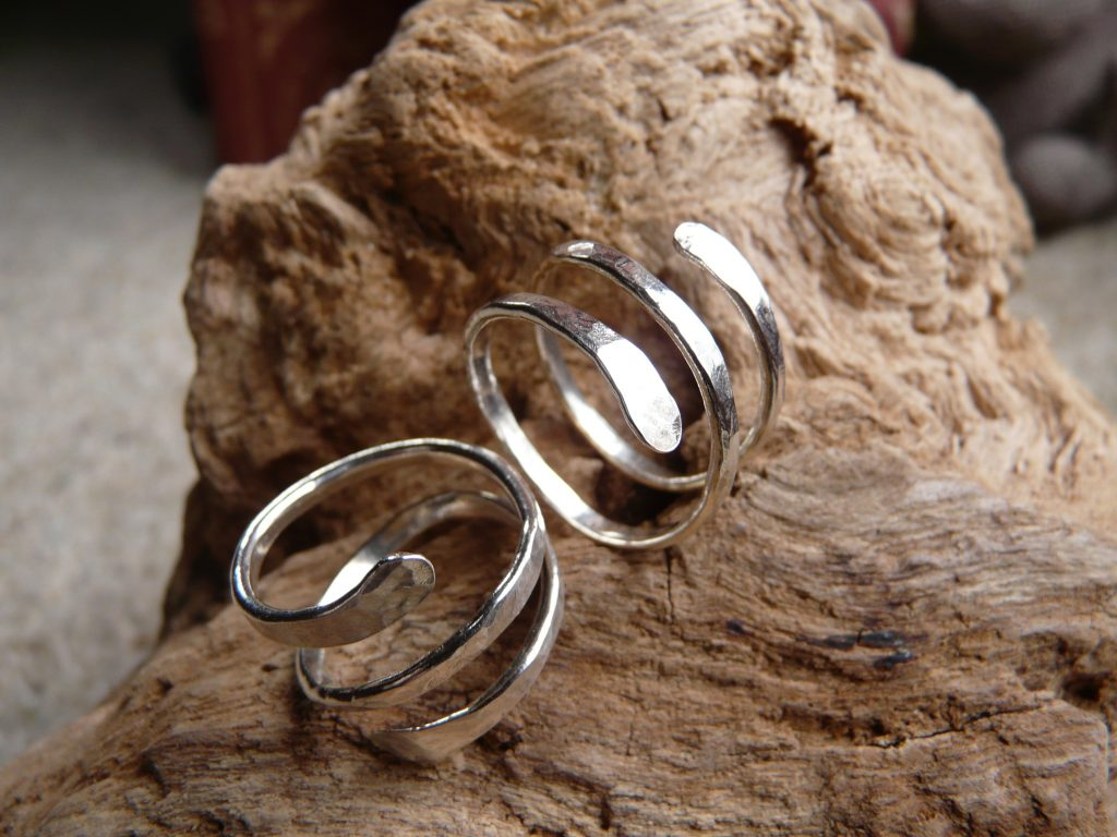 silver spiral rings
